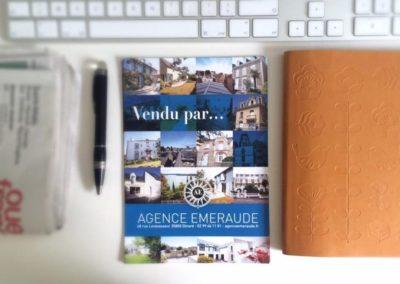 AGENCE EMERAUDE à Dinard : supports imprimés et animation des réseaux sociaux